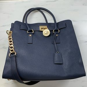 Navy large Michael Kors Hamilton